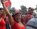 Este Primero de Mayo Desfilaron Más de 140 Mil Santaclareños